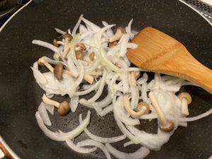【料理】生協(コープ)のミールキット「海老とごろごろブロッコリーの中華炒め」
